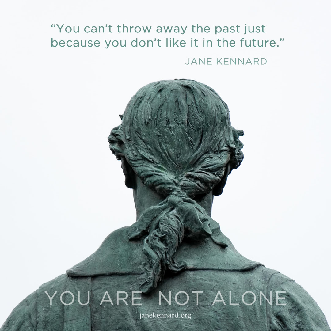 Jane-Kennard-mother-energy-you-are-not-alone-photo-donovan-reeves-IZ-8E27kGCI-unsplash